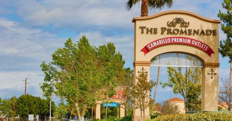 Entrada do Camarillo Premium Outlets