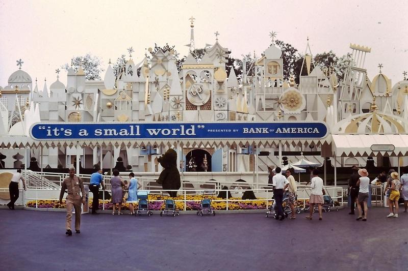 It's a small world - Disneyland Califórnia