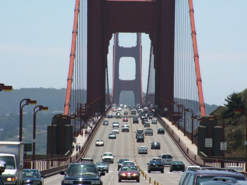 Atravessando a Ponte Golden Gate em San Francisco