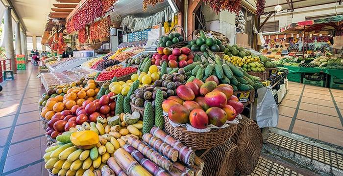 Barraquinhas no Mercado Farmers em Los Angeles