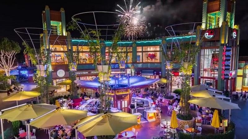 Noite em Downtown Disney District - Califórnia