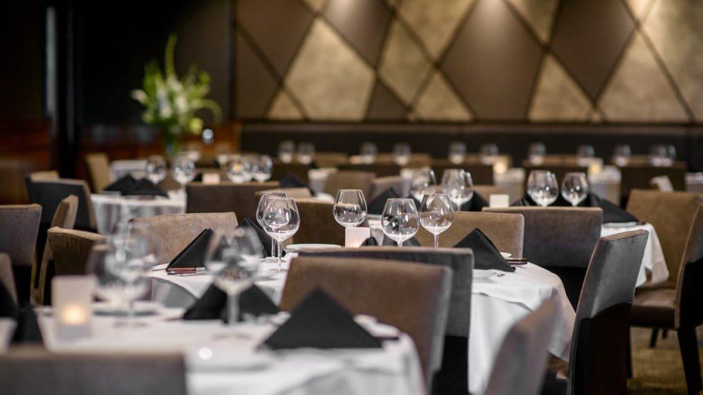 Restaurante Fleming's Prime Steakhouse & Wine Bar