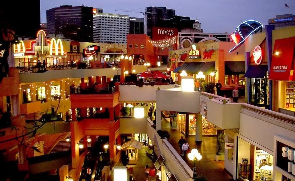 Restaurantes no Shopping Fashion Valley Mall em San Diego