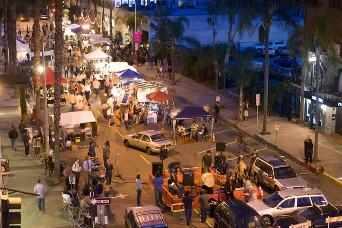 East Village em Long Beach