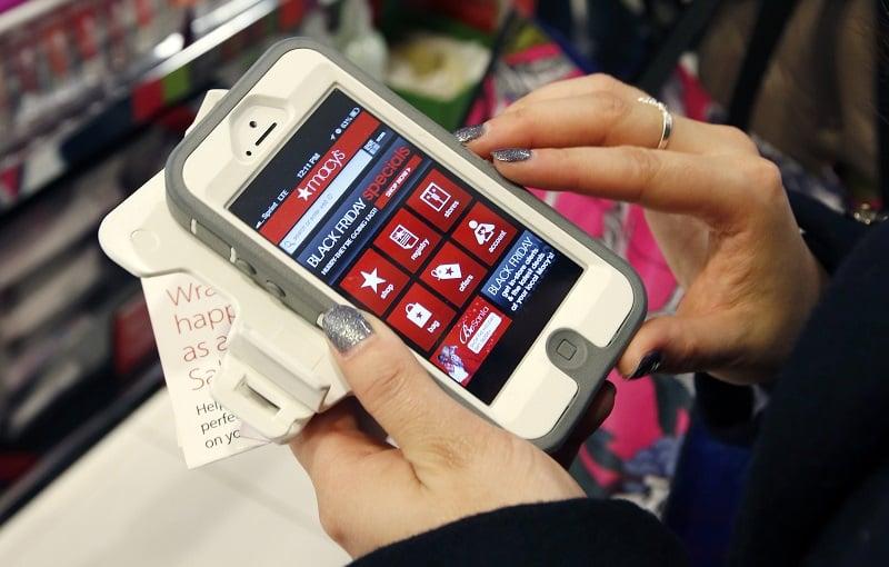 Usar o celular em San Francisco