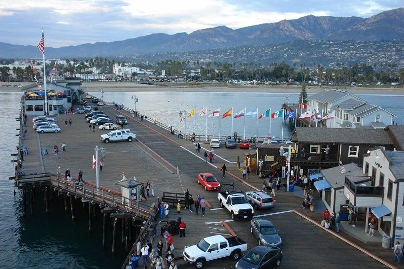 Pier em Santa Bárbara na Califórnia
