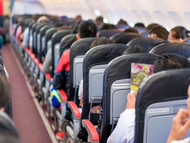 Passageiros em avião
