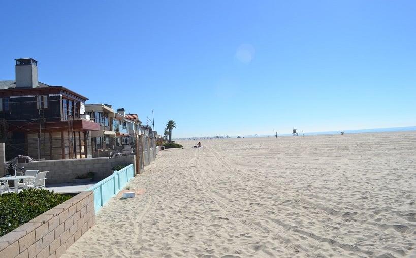 Turismo na praia de Newport Beach