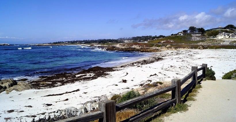 Praia de Monterey na Califórnia