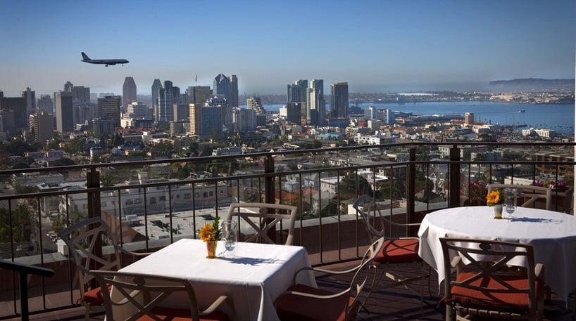 Bertrand at Mister A's Restaurante com vista para a cidade em San Diego
