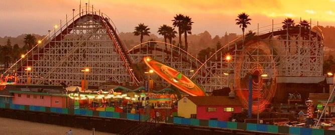 Atrações no Parque Santa Cruz Beach Boardwalk na Califórnia
