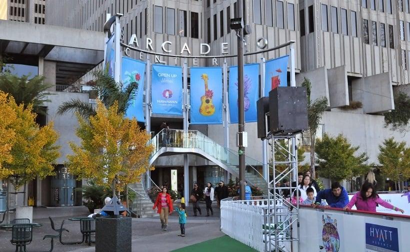 Fachada do Shopping Embarcadero Center em San Francisco