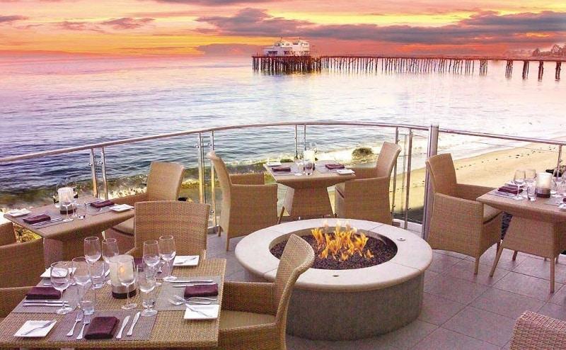 Restaurante na beira da praia - Los Angeles