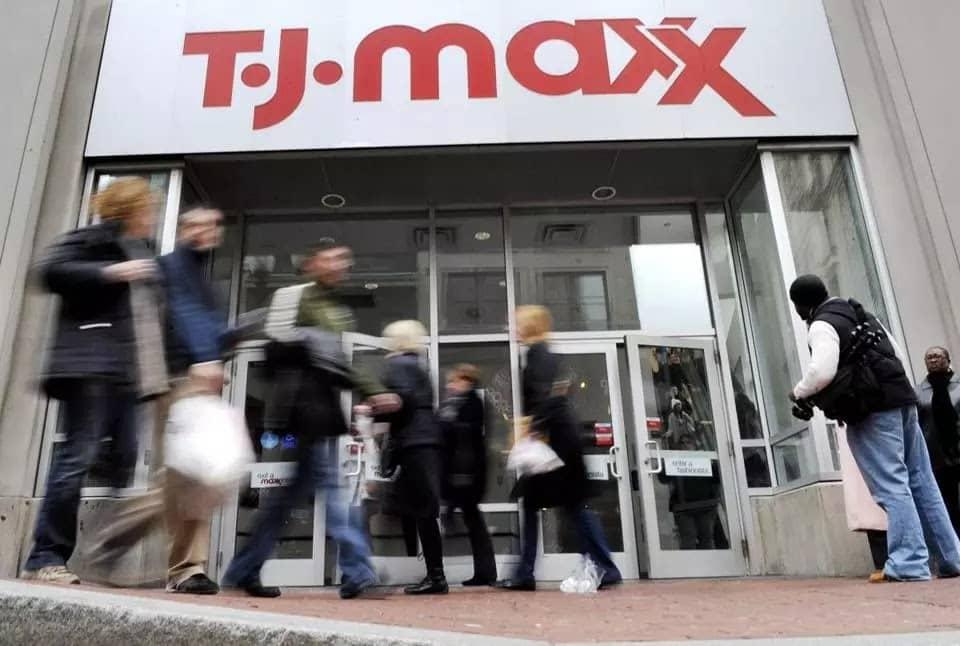 Loja T.J.Maxx para comprar malas na Califórnia