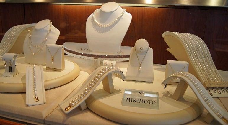 Compra de joias e bijuterias nas joalherias dos outlets na Califórnia