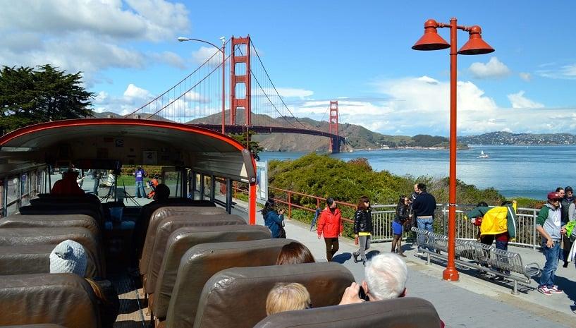 Ônibus turísticos em San Francisco