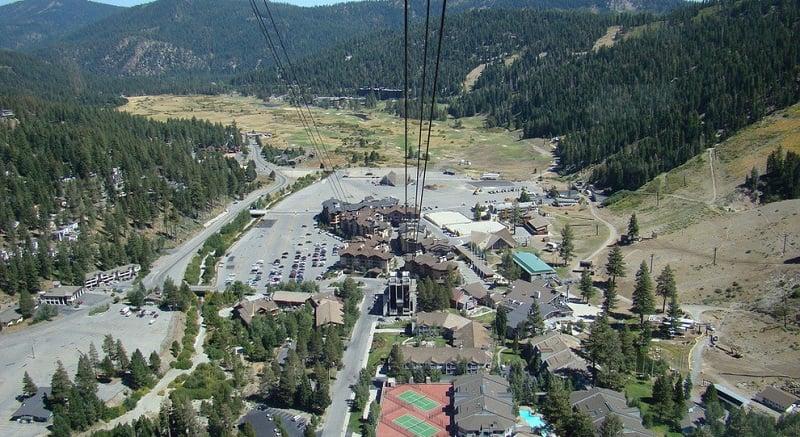 Estações de ski em Squaw Valley na Califórnia