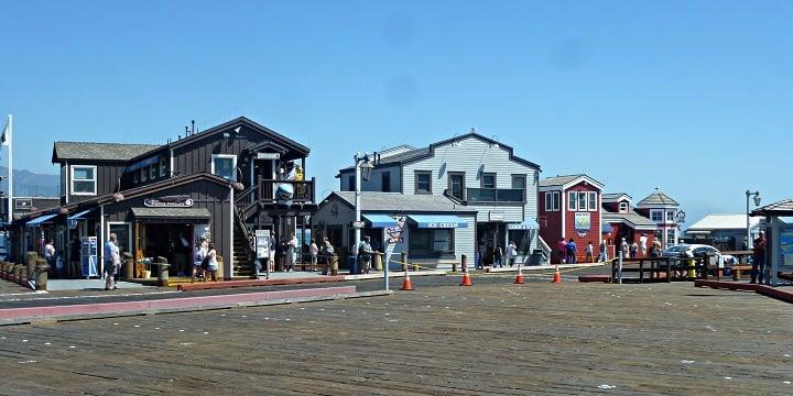 Atrativos no Pier Stearns Wharf em Santa Bárbara
