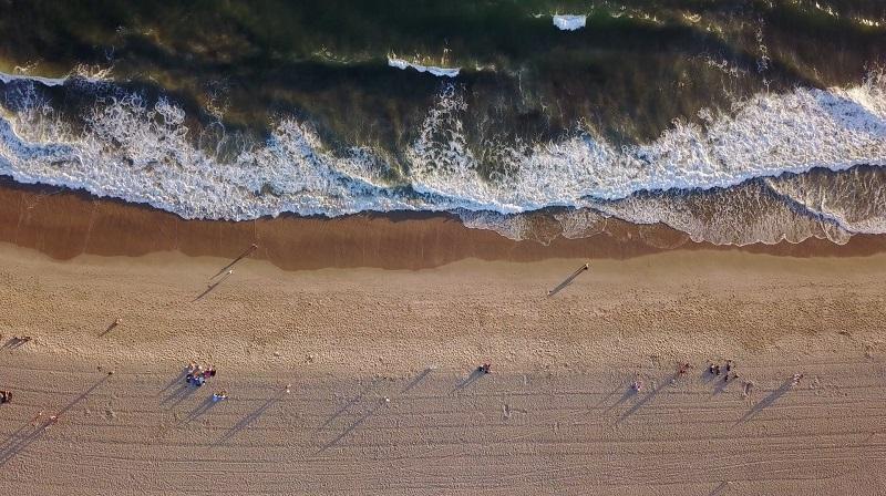 Baixa temporada na praia de Los Angeles