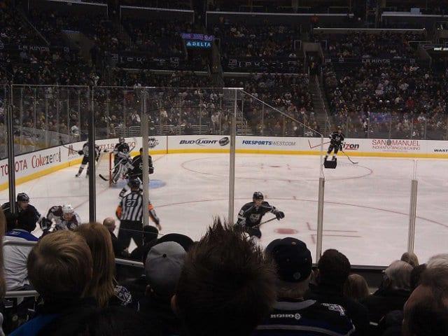Onde comprar ingressos de jogos de hóquei no gelo em Los Angeles