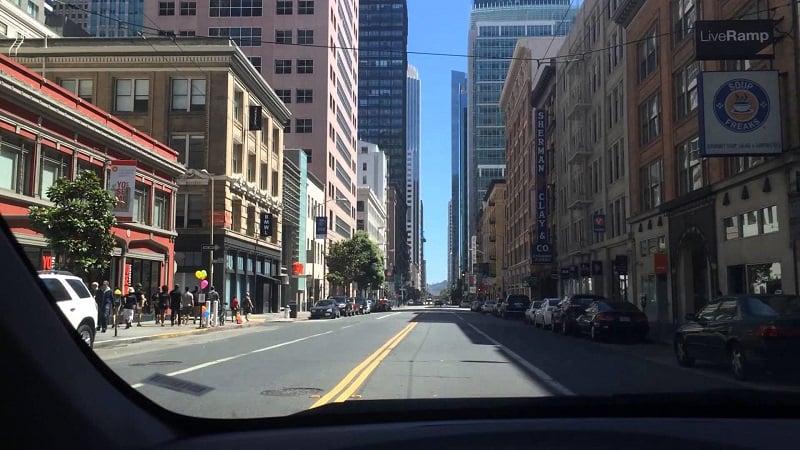 Dirigir em San Francisco e em toda a Califórnia