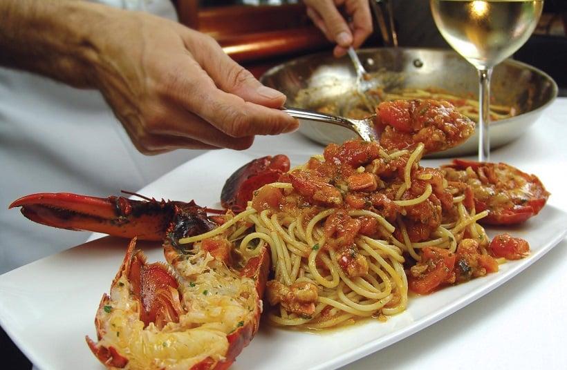 Pratos no Restaurante IL Fornaio Cucina Italiana na Ilha de Coronado