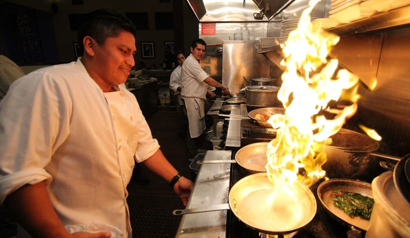Restaurante Laili Restaurant em Santa Cruz