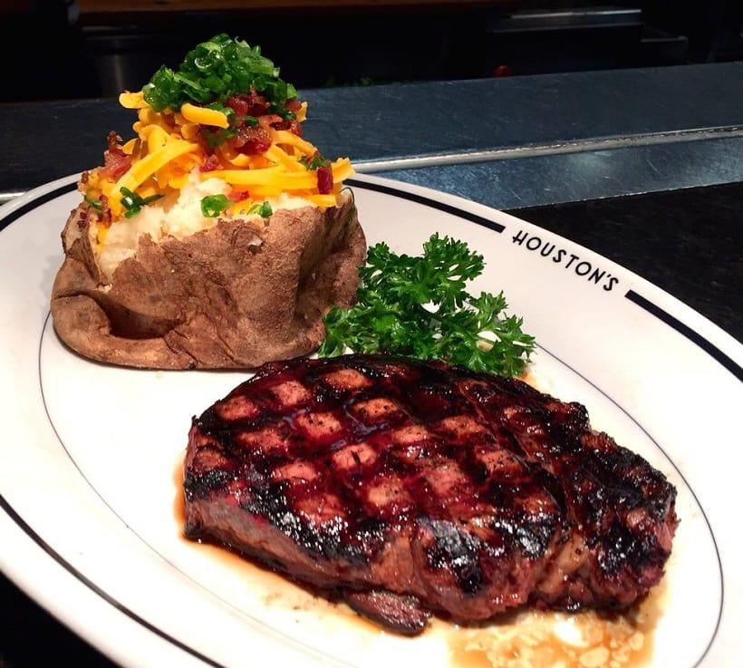 Restaurante Houston's em Pasadena