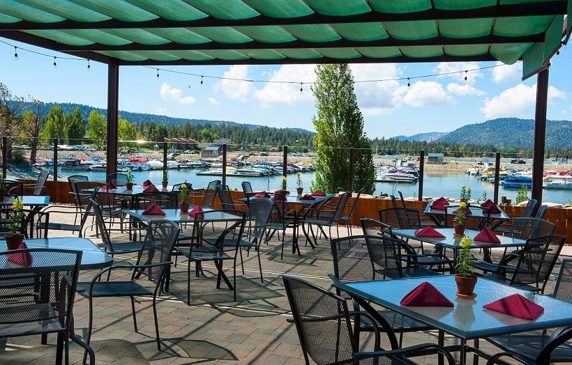 Restaurante The Pines Lakefront em Big Bear Mountain