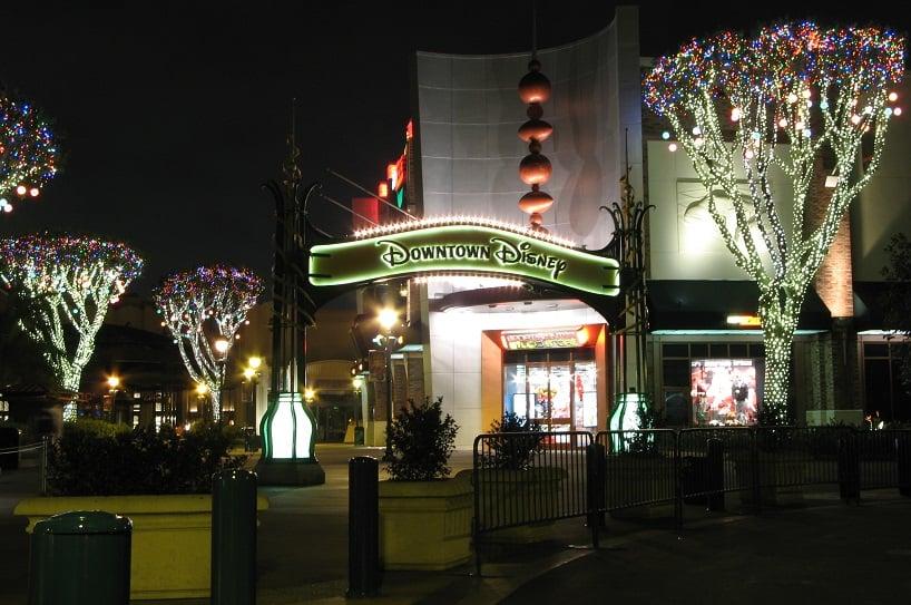 Compras no Downtown Disney em Anaheim