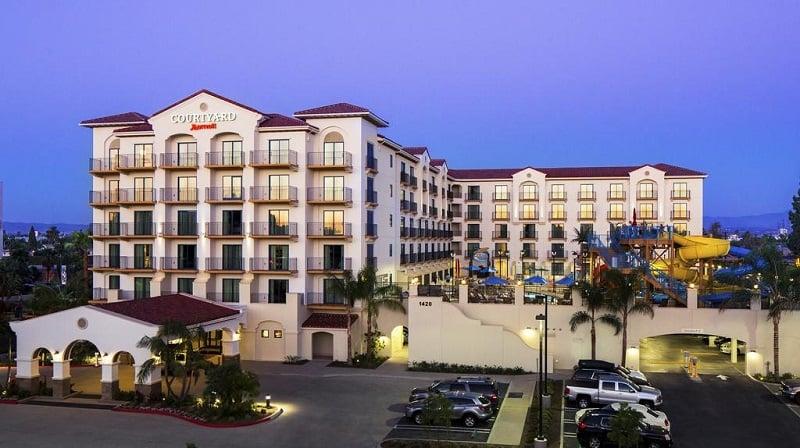 Hotel Courtyard by Marriott Anaheim Theme Park Entrance em Anaheim