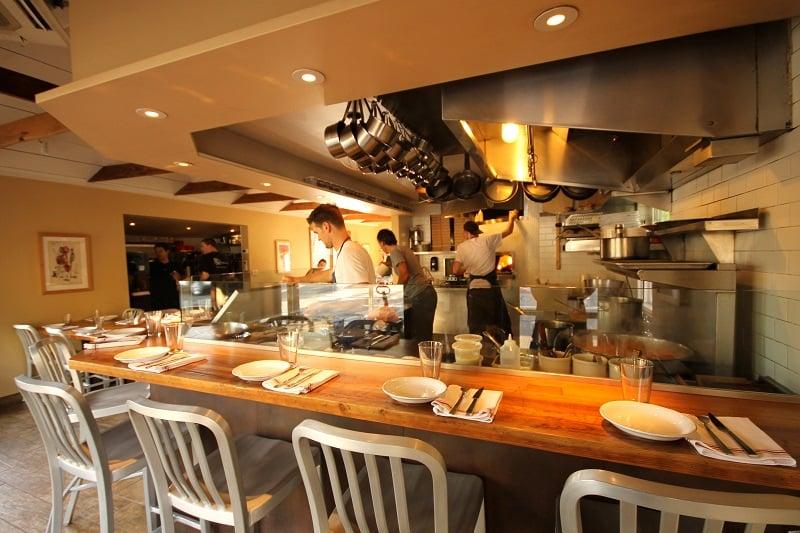 Noite nos restaurantes em Sonoma