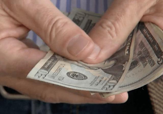 Como transferir dinheiro para a Califórnia