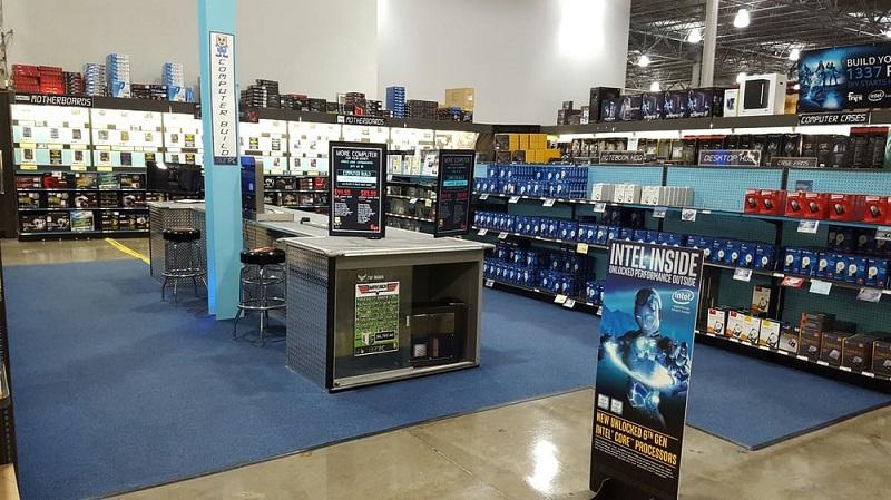 Loja Fry's Electronics em San Diego
