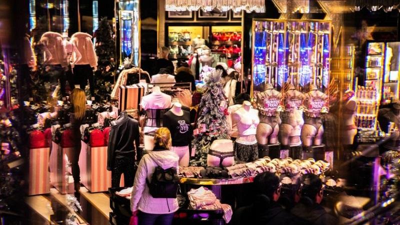 Interior da Victoria's Secret em San Diego