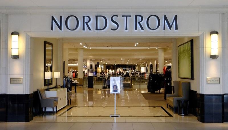 Fachada loja Nordstrom em San Diego