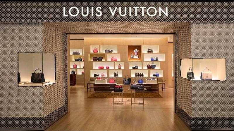Bolsas na loja Louis Vuitton