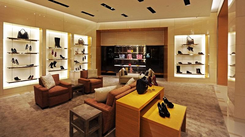 Mercadorias na Louis Vuitton em San Diego