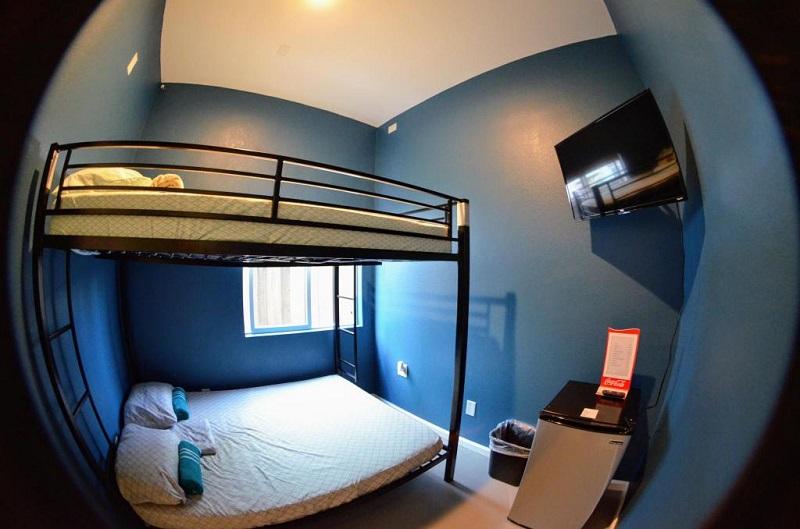 Quarto do California Dreams Hostel em San Diego