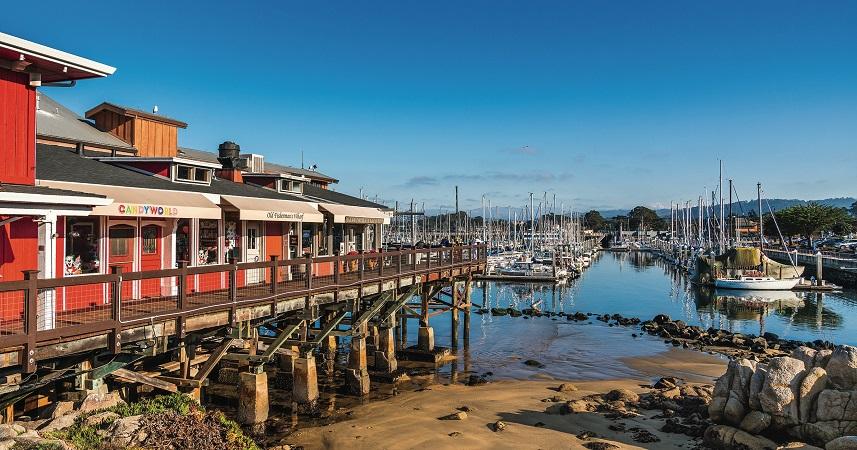Meses de alta e baixa temporada em Monterey