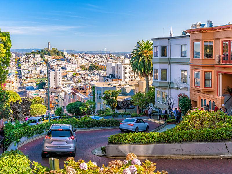 Rua Lombard Street em San Francisco