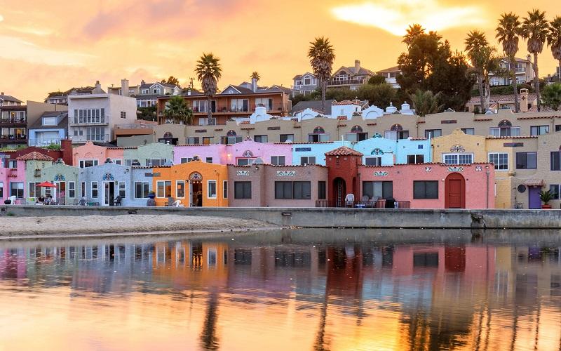 Santa Cruz com pôr do sol