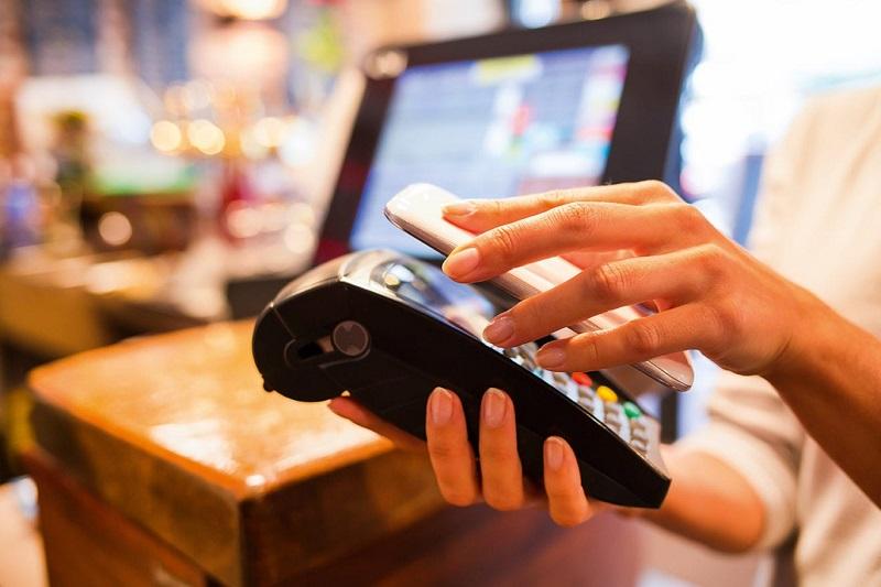 Pagar conta com app de celular