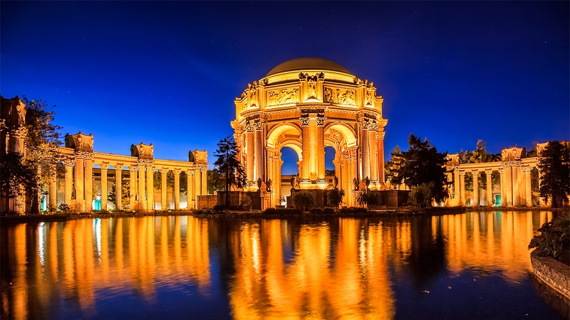 Beleza do Palace of Fine Arts em San Francisco