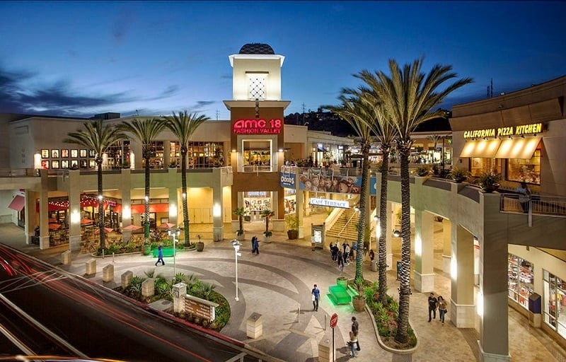 Shopping Fashion Valley Mall - San Diego