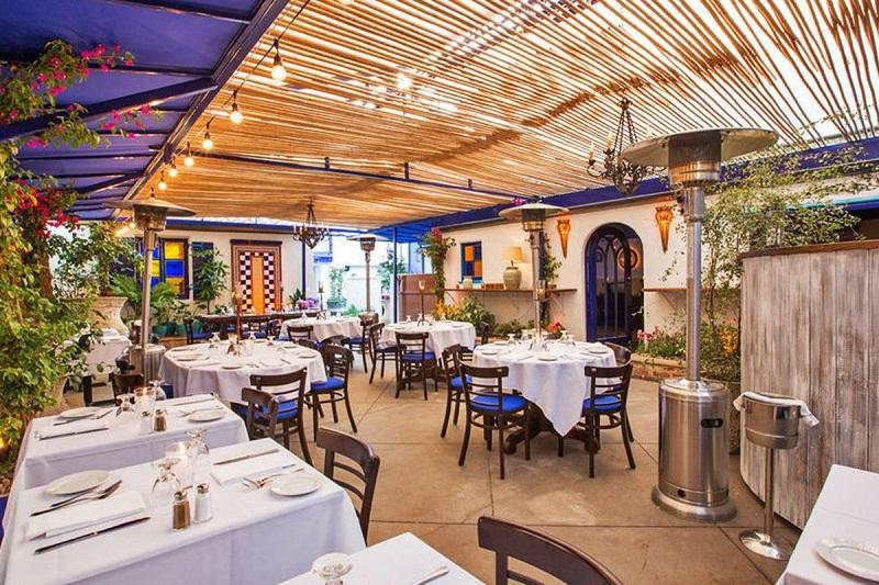 Restaurante The Little Door em Los Angeles