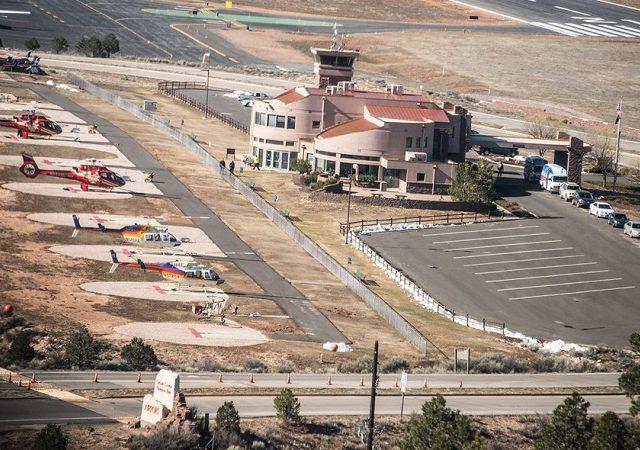 Transfer do aeroporto de Grand Canyon ao centro turístico